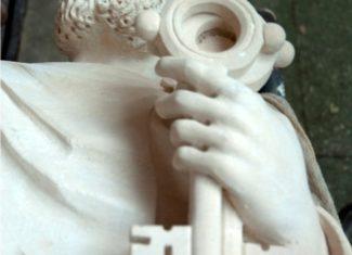 sculpture-saint-pierre-chef-oeuvre-compagnon